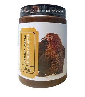 Goudron naturel pour protéger le bois et traiter les pattes des poules de la gale