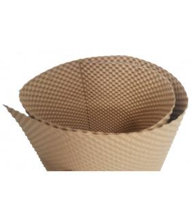 Plaque gaufrée cartonnée. Stabilise et isole les pattes des petits poussins. Facilite une bonne hygiène.