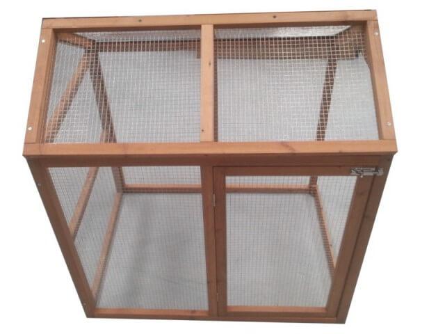 enclos bois grillag pour poules. Black Bedroom Furniture Sets. Home Design Ideas