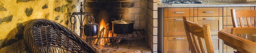 Des cocottes dans la cuisine et la maison